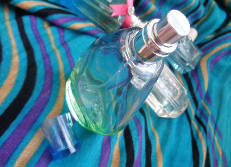 yves-rocher-naturelle-sticla-parfum-vara-2017-syarosnotes.jpg