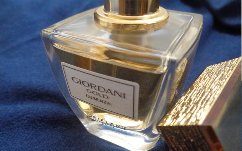 4-parfumuri-de-toamna-giordani-gold-essenza-oriflame-details-2017-syarosnotes.jpg