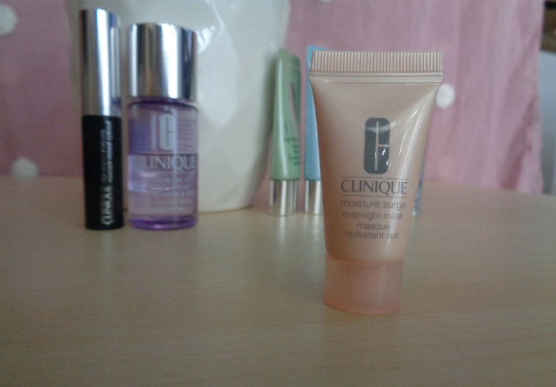 Brand-Box-Clinique-moisture-surge-overnight-mask-2018-syarosnotes.jpg