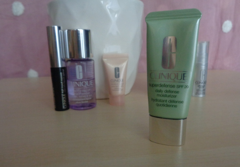 Brand-Box-Clinique-superdefense-spf20-2018-syarosnotes.jpg